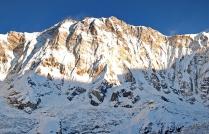 Annapurna o wschodzie