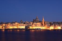 Valletta wieczorną porą