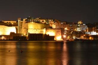 Malta nocą