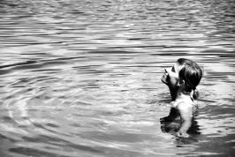 Kąpiel w Phewa Tal
