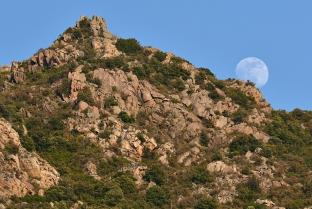 Skalisty krajobraz Balagne
