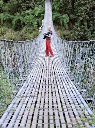 Most wiszący (szlak do Lama Hotel)