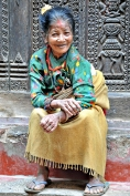 Staruszka z Bhaktapuru