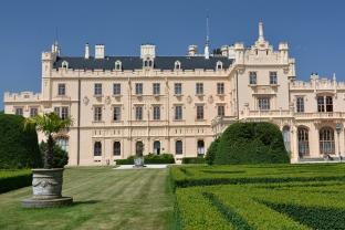 Zespół pałacowo-parkowy Lednice-Valtice